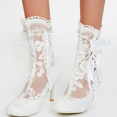 Bottes de mode pour femmes à talons hauts creux en dentelle blanche Bottes pour femmes de mariage