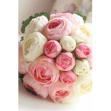 Bouquet de fleurs à main simple diamant perle atmosphérique une matrone d'honneur
