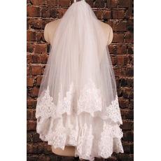 Voile court de dentelle à double couche avec des accessoires de mariage de peigne à cheveux voile de mariage de mariée