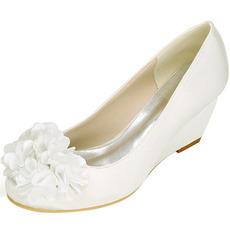 Automne chaussures plates rétro tête carrée bouche peu profonde fleurs fleurs à la main chaussures mode douce