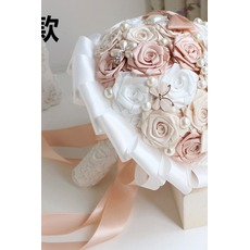 Mariée diamond Pearl main tenant fleurs bouquet de demoiselle d'honneur de mariage personnalisé ruban roses