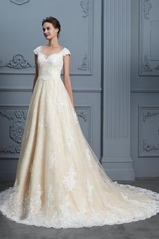 Robe de mariée Couvert de Dentelle Cérémonial Salle Bouton Tulle