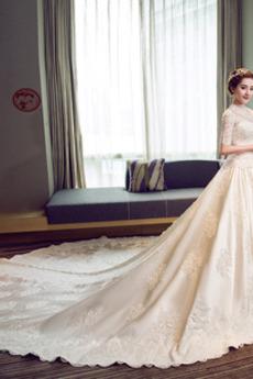 Robe de mariée Broderie A-ligne Naturel taille Satin Salle Lacet