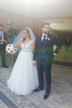 Robe de mariée Gaze Traîne Courte Sans Manches Haut Bas Elégant Appliques