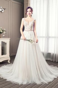 Robe de mariée Luxueux Poire Tissu Dentelle a ligne Col en V Haut Bas