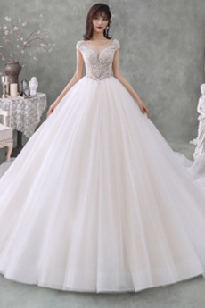 Robe de mariée Triangle Inversé Longue Perles Col U Profond Couvert de Dentelle