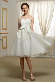 Robe de mariée Couvert de Dentelle Poire Longueur Genou Appliques