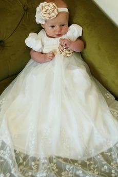 Robe de baptême Satin Traîne Courte Sans Manches Milieu Col en Cœur