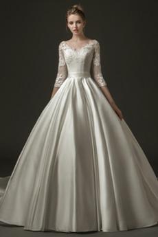 Robe de mariée Manche de T-shirt Luxueux Couvert de Dentelle Chapelle
