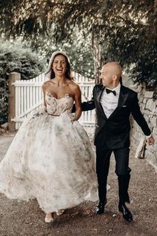 Robe de mariée Tulle Col en Cœur Sans Manches Traîne Courte Rivage