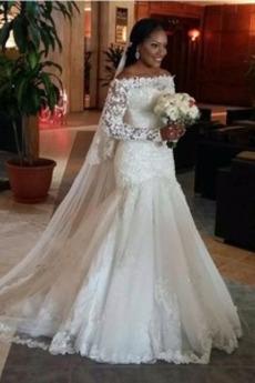 Robe de mariée Manche Longue Salle Naturel taille Classique a ligne