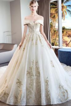 Robe de mariée Formelle A-ligne Chapelle Lacet Sablier Satin