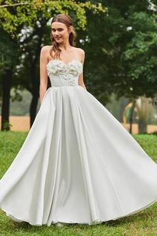 Robe de mariée Froid Satin Appliquer Sans Manches Poire De plein air