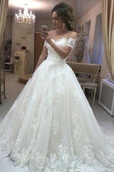 Robe de mariée Tulle Train de balayage A-ligne Manche Courte Salle