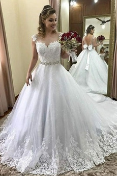Robe de mariée Appliques Poire Cathédrale Couvert de Dentelle