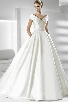 Robe de mariée Fourreau plissé Eglise Satin Avec voile Manche Courte