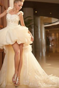 Robe de mariée Glissière Asymétrique Loisirs De plein air Triangle Inversé