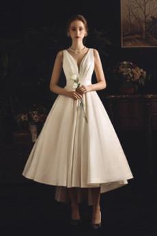 Robe de mariée Simple De plein air Soie Automne Asymétrique Nœud à Boucles
