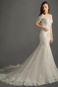 Robe de mariée Tulle Triangle Inversé Manche Courte Hiver Épaule Dégagée