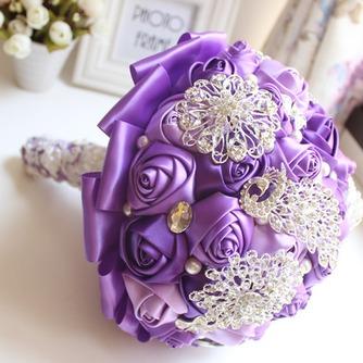 Décoration perle violet diamond wedding mariage photo mise en page créative tenant des fleurs - Page 2
