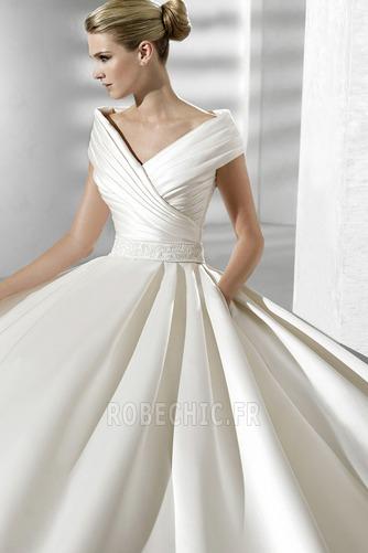 Robe de mariée Fourreau plissé Eglise Satin Avec voile Manche Courte - Page 3