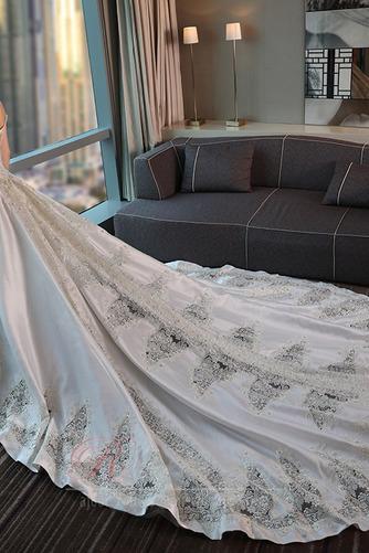 Robe de mariée Trou De Serrure Traîne Royal Naturel taille Couvert de Dentelle - Page 2