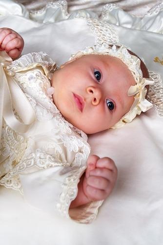 Robe de baptême Tissu Dentelle Empire Manche Longue Orné de Nœud à Boucle - Page 2