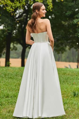 Robe de mariée Froid Satin Appliquer Sans Manches Poire De plein air - Page 3
