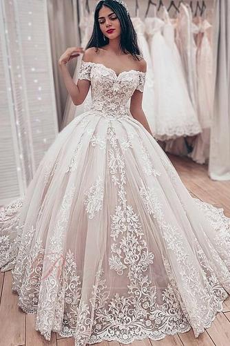Robe de mariée Lacet Classique Chapelle A-ligne Satin Médium - Page 1