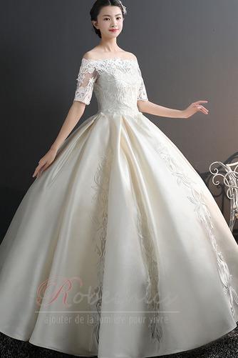 Robe de mariée Chaussez Satin Épaule Dégagée a ligne Appliques - Page 1