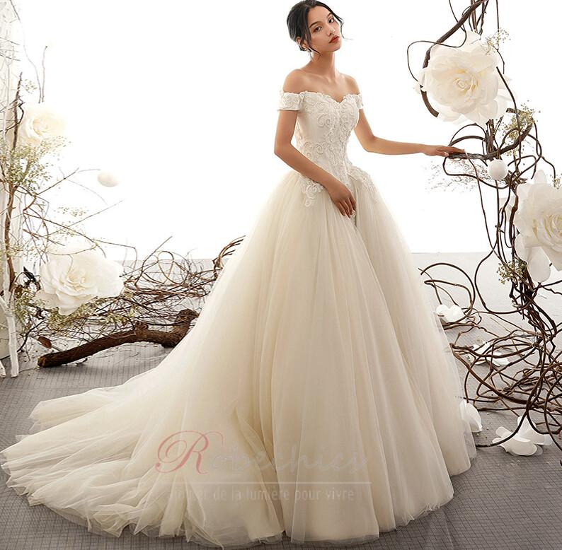 Conseils pour trouver une robe de mariée en ligne