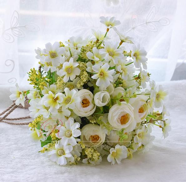 Fleurs de th vert et blanc la main bouquet brides for Bouquet de fleurs vert et blanc